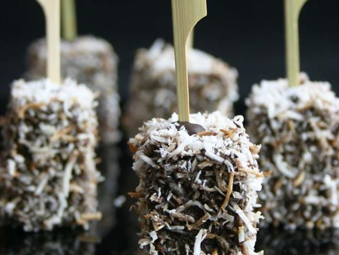 Lamington Pops With Dipping Sauce