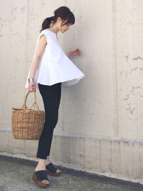 Spick & Spanのシャツ・ブラウス「サーキュラーブラウス◆」を使ったari☆のコーディネートです。WEARはモデル・俳優・ショップスタッフなどの着こなしをチェックできるファッションコーディネートサイトです。