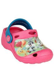 These cute sandals from Baby Looney Tunes will ensure that your little girl stays stylish all summer long. Crafted from ethylene vinyl acetate (EVA), they provide excellent comfort and flexibility to your kid's feet with the advantage of being lightweight.