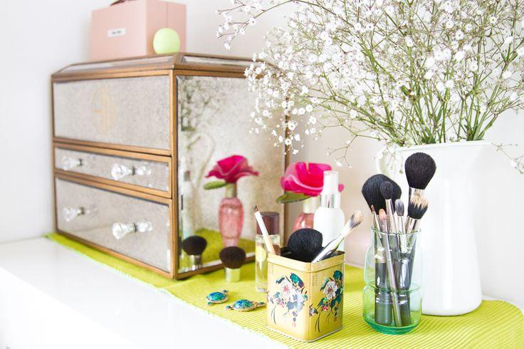 Makeup & jewellery organising ❤️ see more on www.kisforkani.com