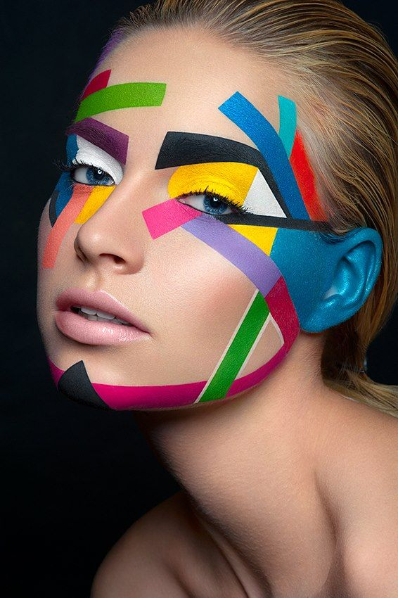 Kunst auf dem Gesicht.................................................Damien Mohn