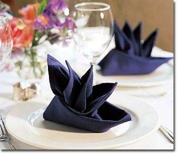 Boat or bird of paradise napkin fold