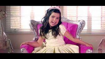 Barbie girl - Dominika Myslivcová (Kelly Key - Sou a Barbie Girl ) - YouTube