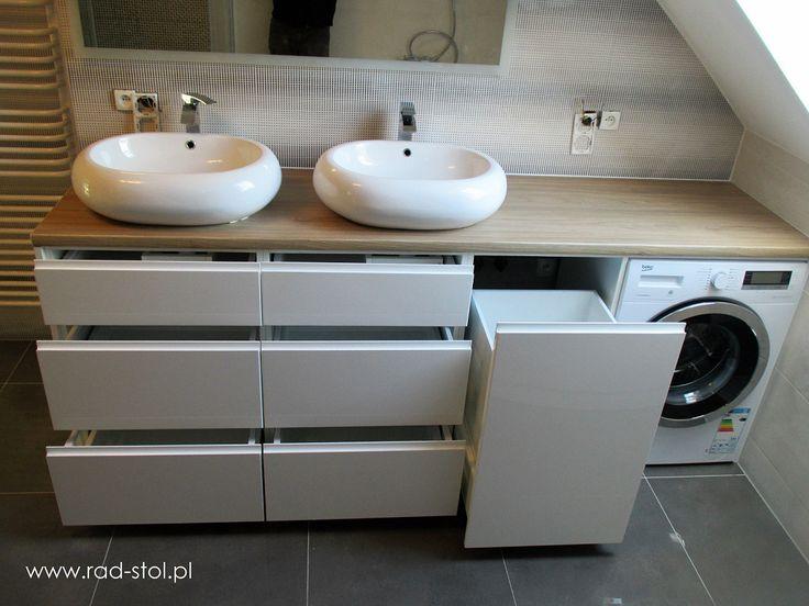 Meble łazienkowe na wymiar fronty lakierowane na wysoki połysk i drewniany blat