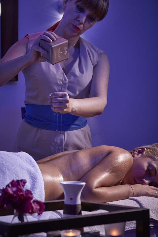At our Spa & Wellness Centre you can choose from a full range of exceptional treatments; massages, facial treatments and body care therapies which include full-body, neck and shoulder relief, hot stone, deep tissue and reflexology. Our professional therapists are ready to provide the best beauty treatments to our valued guests using a wide variety of products from Thalgo, Guinot, Decleor and Medik8. http://www.grecianbay.com/spa-holidays.html