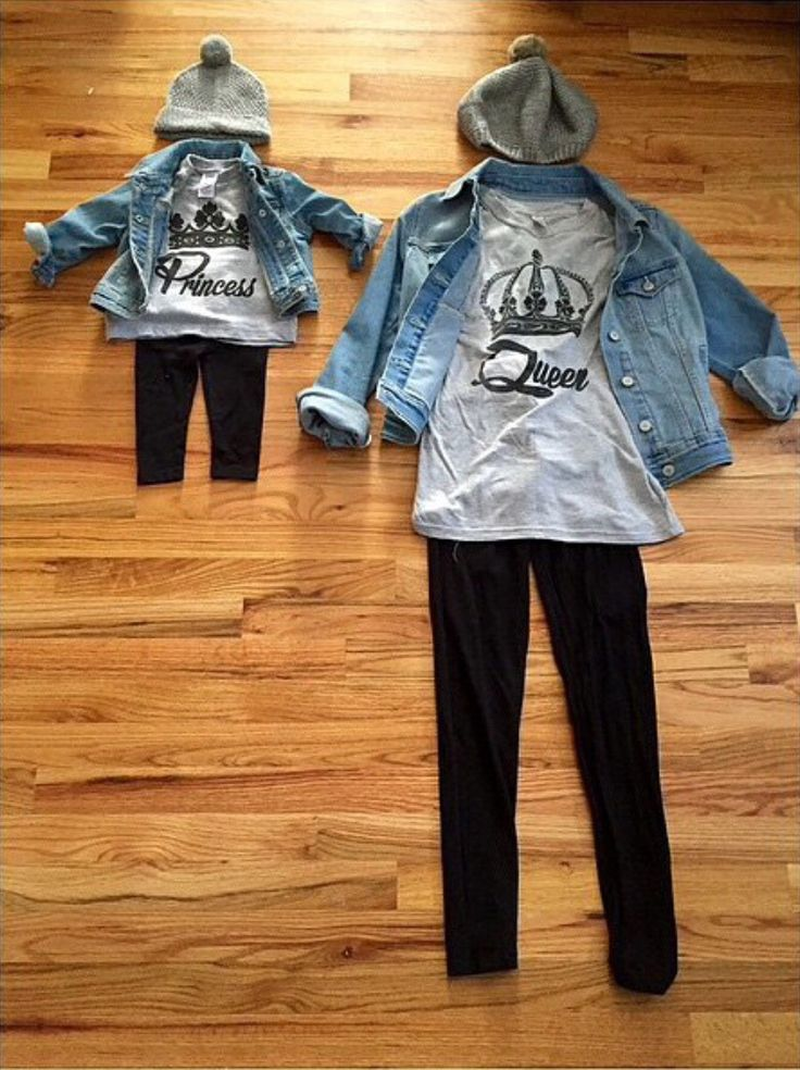 This is for either the mommy Shirts Queen, princess or daddy king, prince they are each sold separately comes in gray   Sizes are 0-6 mos all the way to 4x   leggings are sold sepeately for $10  Message me with the size you would like upon purchase.