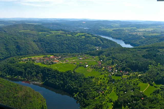 The Slapy Dam, situated 20 km southwards of Prague, is the 5th largest dam in the Czech Republic. Lake's total area is 1163 ha and it is 44 km long. In places, where you can find holiday resorts now, the history of Czech tramping movement was written.