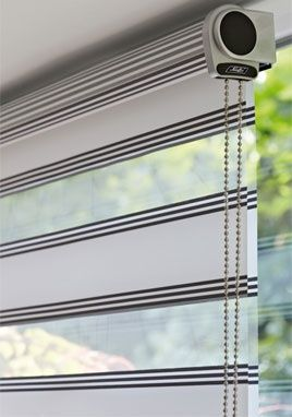 Twist™ Roller Blinds feature fabrics with special structures and striped patterns. #luxaflex #roller blinds#luxaflex
