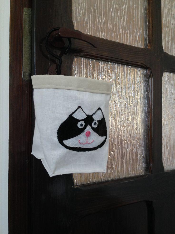 koszyk na haczyku z aplikacją - kotem Felkiem