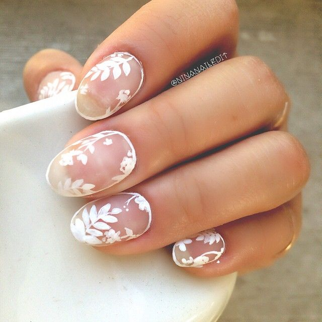 I had to bust out the white negative space outline nails again. I couldn't help myself!