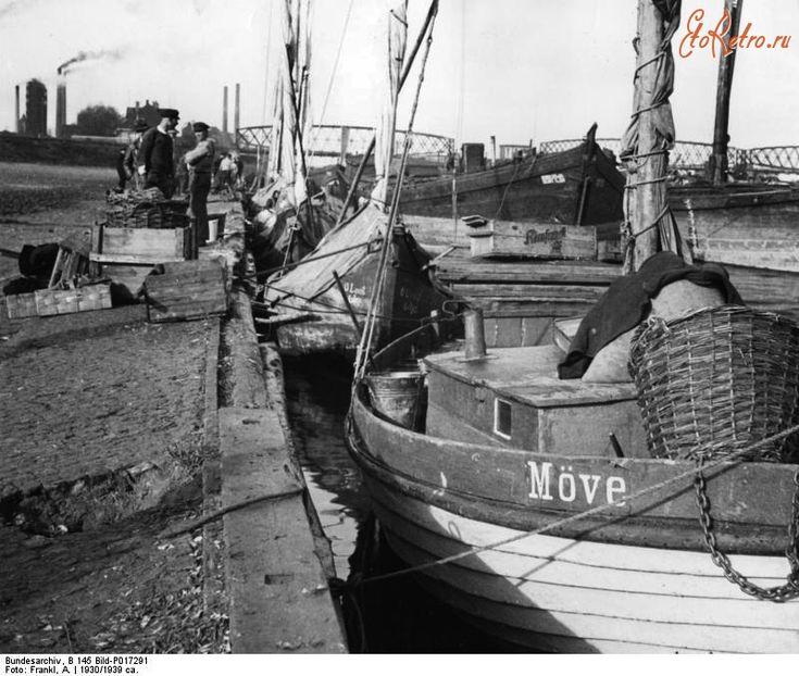 Советск - Рыбацкие лодки в гавани Тильзита. 1930 год
