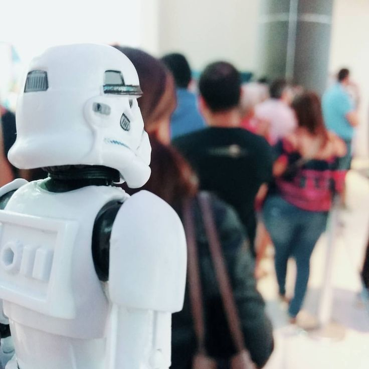 In line for popcorn again   #starwars #stormtrooper #starwarstoys #rougeone #cinepolis #panama #toyphotography #toygroup_alliance #Toyslagram #christmas #altaplazamall (at AltaPlaza Mall)