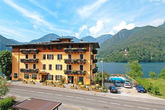 Gardalake Com Lake Garda Travel And Visitor S Guide Lake Garda Lake Trip Best Holiday Destinations