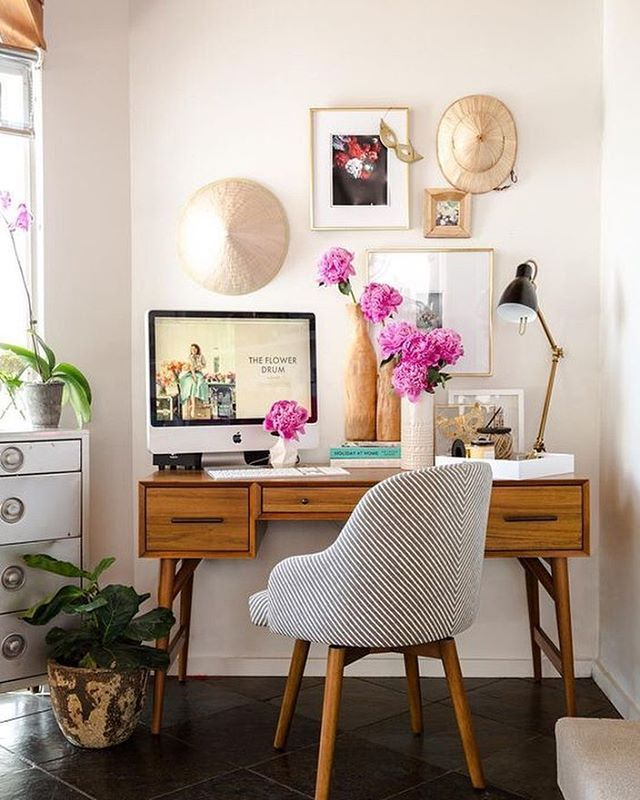 Small Home Office Set Up