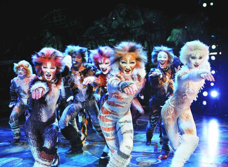 Le prossime data a Broadway per il musical Cats Torna lo spettacolo Cats. Il musical racconta la storia dei gatti di Jellicle, un gruppo straordinario di gatti parlanti.  Si riuniscono una volta all' anno per festeggiare e onorare i loro poteri  #musical #broadway