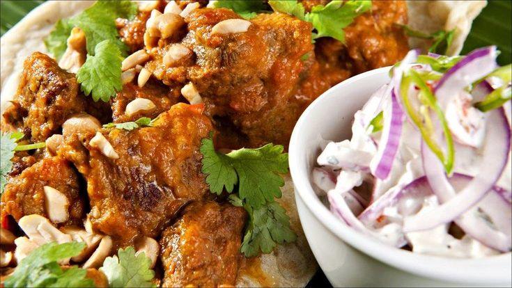 En varmende curry er perfekt på en kjølig dag. Og en curry kan være så mangt. Ikke trenger den å være spesielt sterk heller.