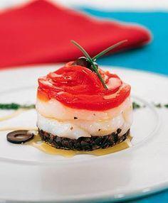 Ensalada de bacalao, pimientos y olivas | INGREDIENTES 250 gr de bacalao desalado2 pimientos rojos200 gr de olivas negras sin hueso, del tipo kalamata si es posiblePerejilMiel