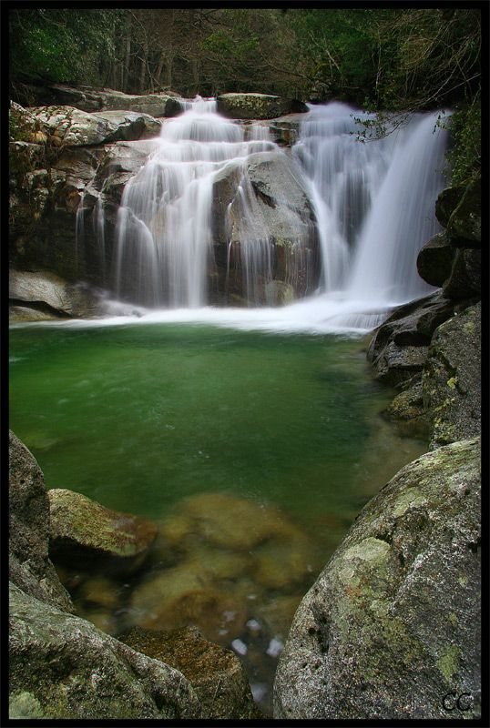 Un petit coin de paradis avec une sublime cascade !!!