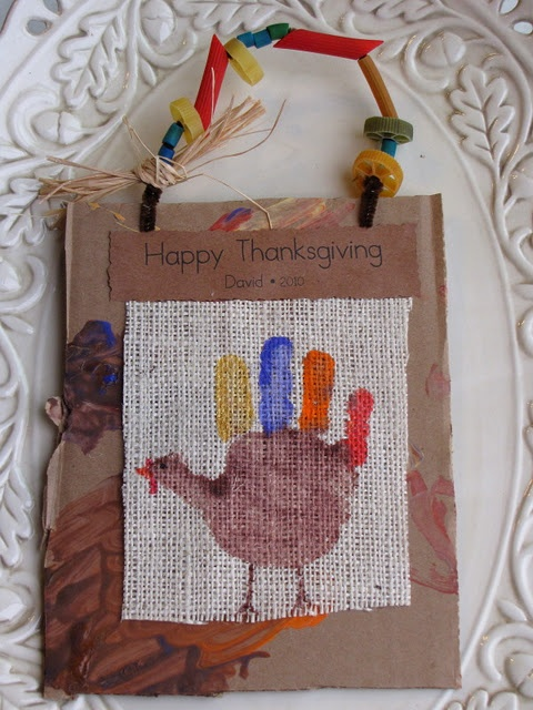 Hand Print Turkey Keepsakes - Burlap & recycled cardboard from {Share & Remember}