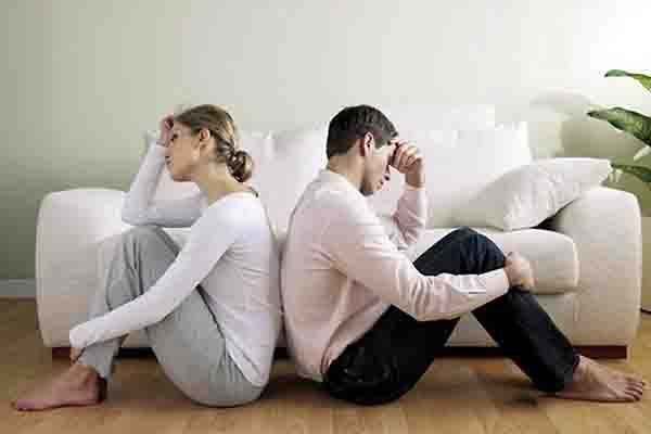 Seguro que alguna vez, habéis visto a una pareja infeliz discutir repetidamente en su día a día, incluso faltándose al respeto...