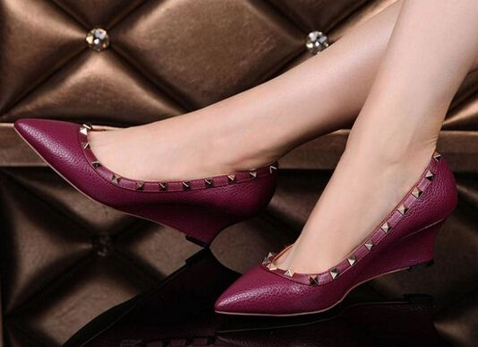 67.15$  Watch now - http://alin5a.worldwells.pw/go.php?t=32382615974 - Best Selling Size 35-40 12 Colours Sheepskin Genuine Leather Wedge Shoes Point Toe Rivet Lady Shoes Fashion Woman Shoes ML2121 67.15$