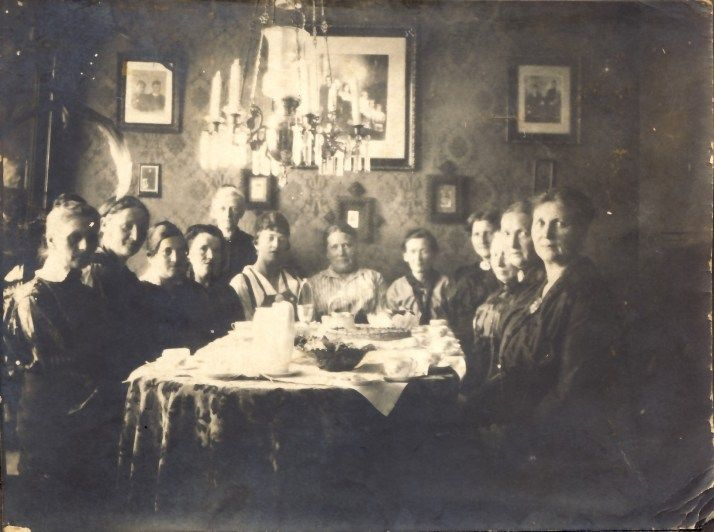 My gg mother in a kind of women Society in Norway, #oldphoto #genealogy #slekt #Norway Anna Sofie kvinneforening hjemme