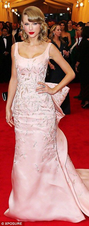 Big fans: (L-R) Nicole Kidman, Jessica Chastain and Taylor Swift were amongst those to wear De la Renta on the red carpet