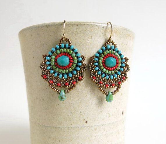 Orecchini di turchese rosso, Boho orecchini, orecchini di perline, bohemien gioielli, gioielli etnici, orecchini turchese istruzione, totalmente turchese