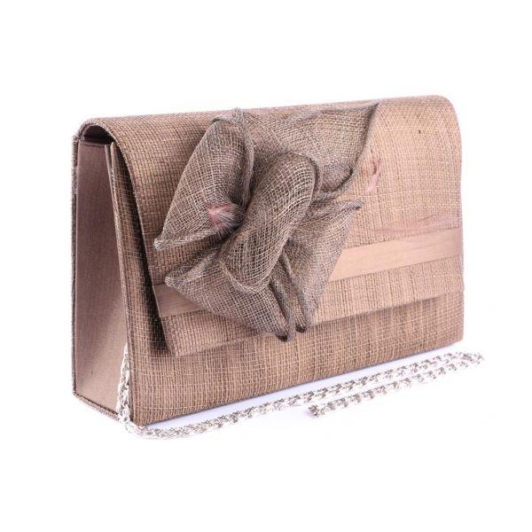 Pochette Cérémonie Ayer en sisal Marron Le choix #mariage #mariee sur votre boutique Headwear www.hatshowroom.com #mode #fashion #chic