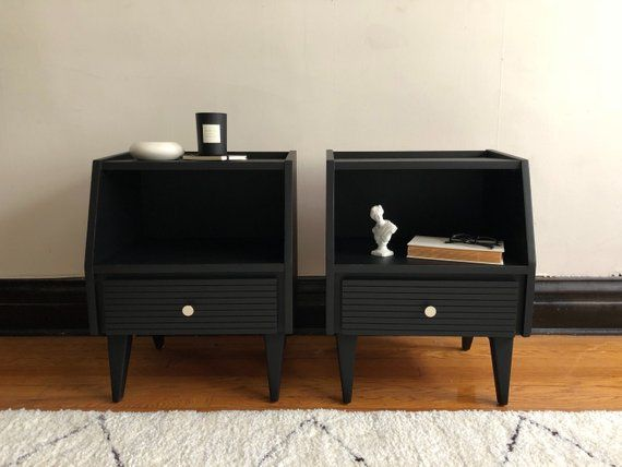 Best Pair Of Black Mid Century Modern Nightstands Vintage 400 x 300