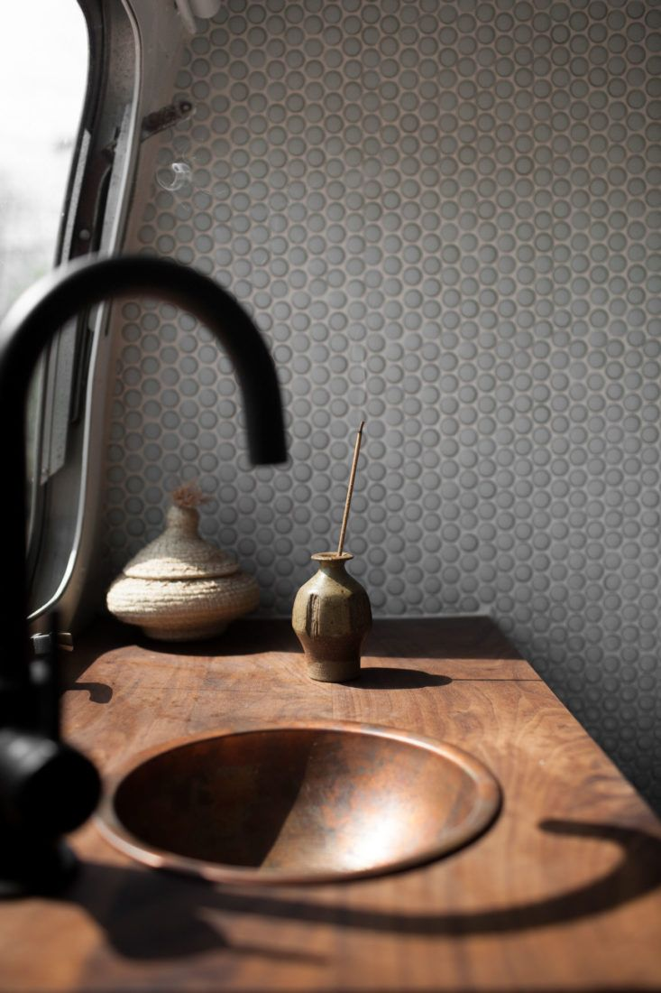 25 Best Airstream Bathroom Ideas On Pinterest