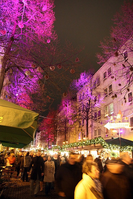 Christmas market in Cologne, Germany ~ UPLIGHTING!!!!! MAKES A HUGE DIFFERENCE! : )