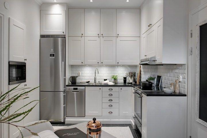 vestidor ladrillo visto en la cocina estilo escandinavo decoración pisos pequeños cocina pequeña cocina nórdica cocina blanca blog decoración nórdica baldosa metro