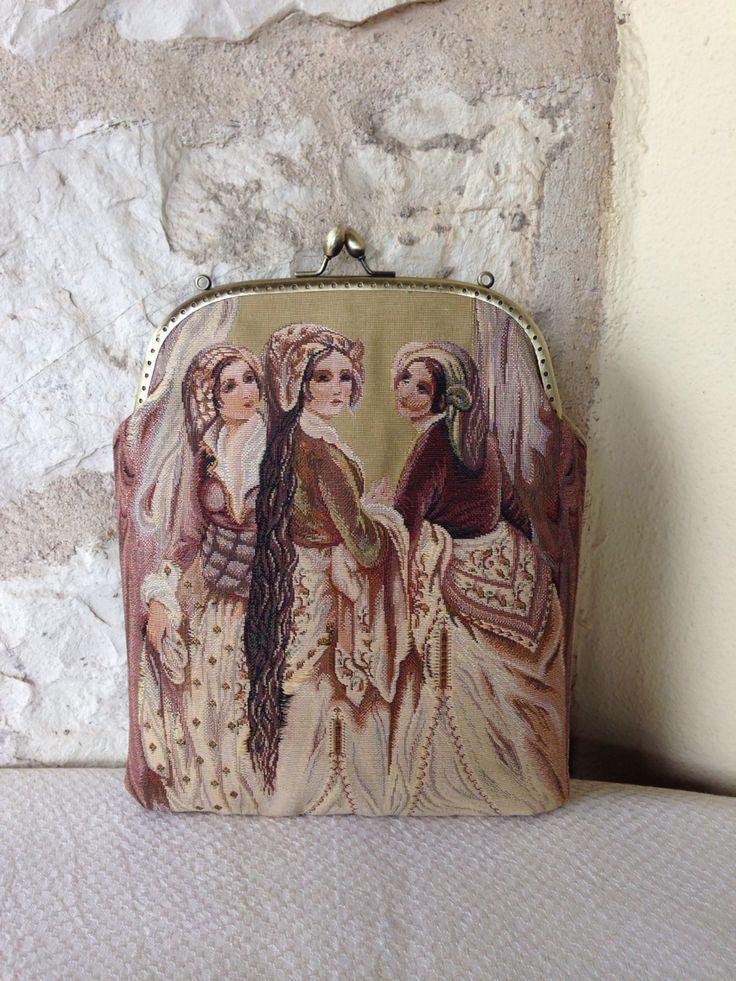 Goblen vintage style bag www.arassta.com