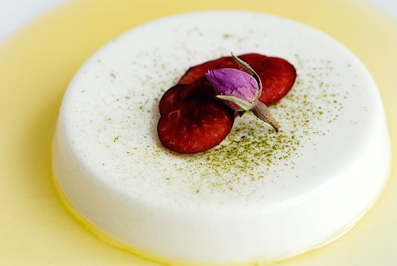 Rose Green Tea-Infused Panna Cotta with Passion Syrup #rose_water # ...