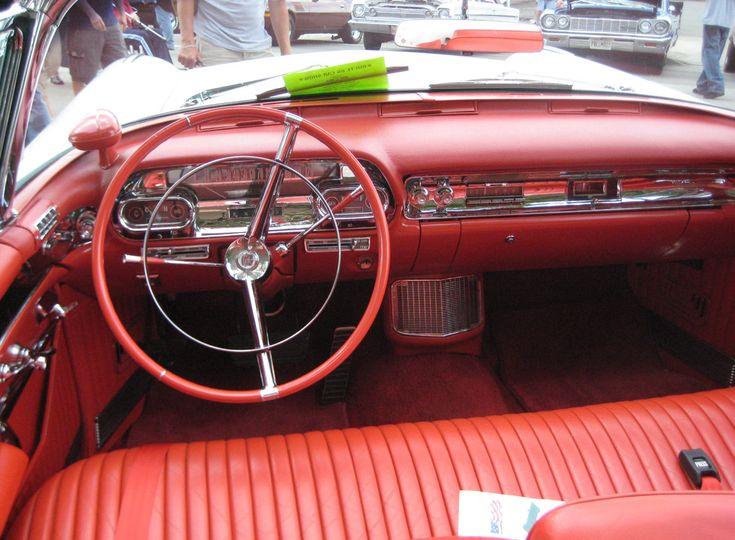 Cadillac dorado