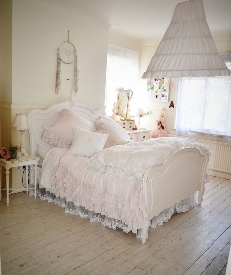 pin by stephanie flores on cute. Black Bedroom Furniture Sets. Home Design Ideas