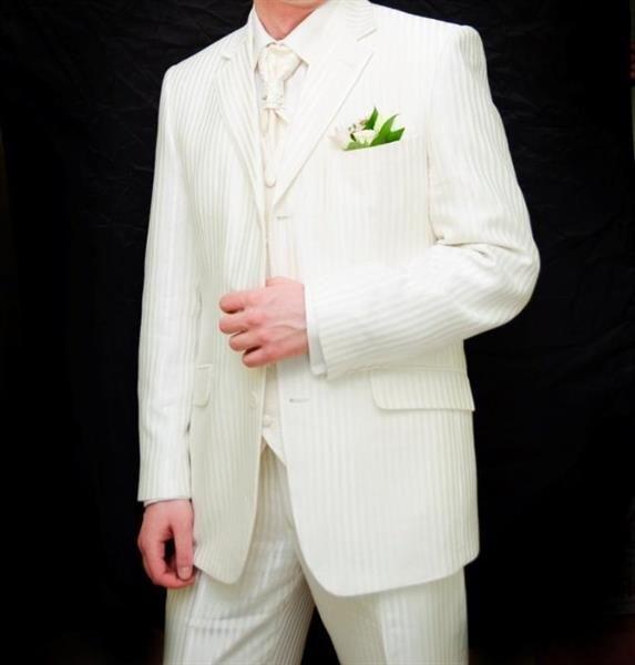 Мужские костюмы пластрон