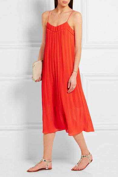 Red georgette Slips on 100% polyester; lining: 100% polyester Hand wash #stylingmrsoliver