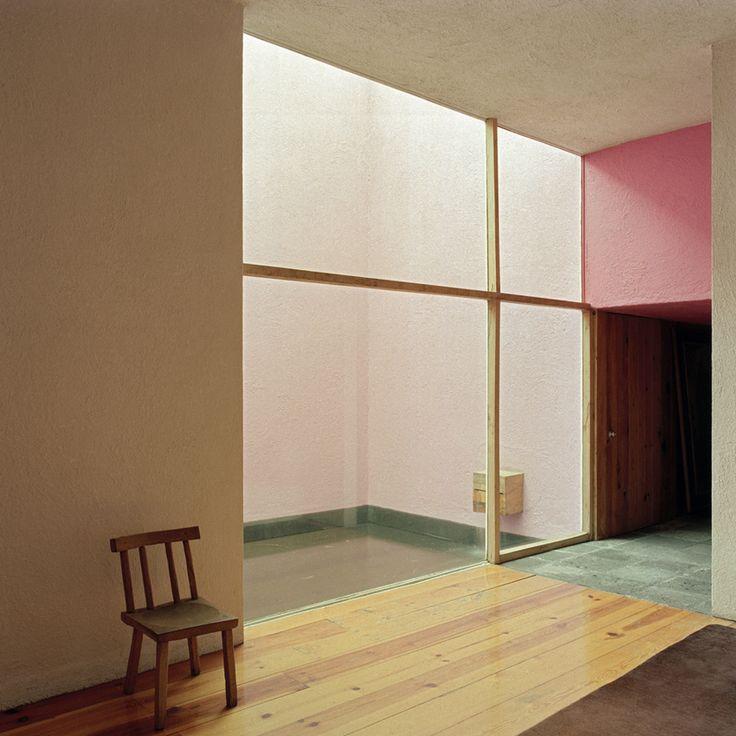 Luis Barragán - casa Galvez - Große Fenster nach Innen - Große Fenster außen stören die Intimität