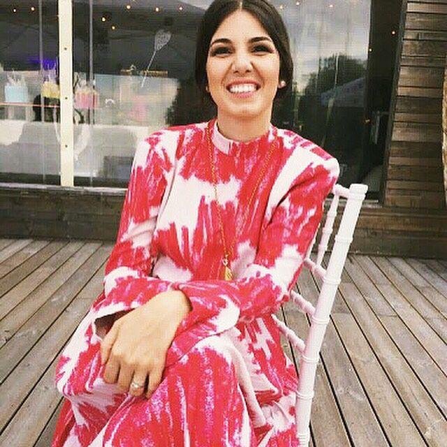 Hey @andrada_camelia , looking fine in our #rosie #dress! ✌🏻 X Ioana #ioanaciolacu.com #fashion #fashionista #design #designer
