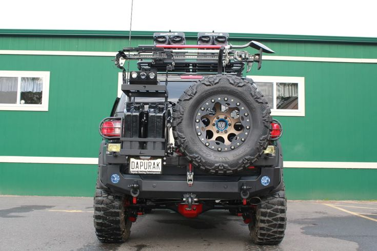 Can someone please tell me what rear bumper this is?!?! - Toyota FJ Cruiser Forum