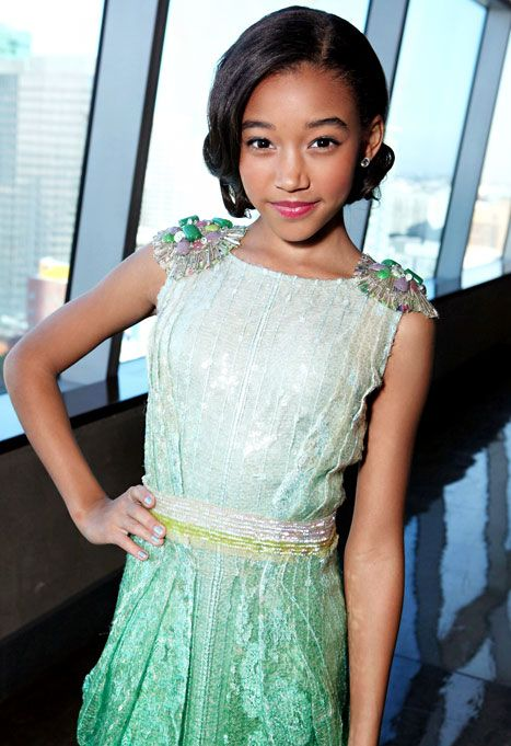 I love Amandla Stenberg so much. She's gorgeous, mature, funny, amazing, talented, and so sweet! I love ether style so much and she is so amazing! She is my favorite young role-model❤ keep it up Amandla