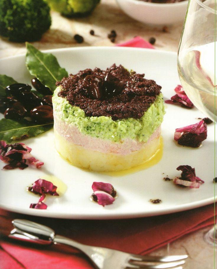 "http://www.i-food.gr/recipe/5860/timbale-brokolou-me-mous-apo-zampon Νέα συνταγή: Ετοιμάστε πρωτότυπο και πολύ νόστιμο ""Timballo μπρόκολου με μους από ζαμπόν"""