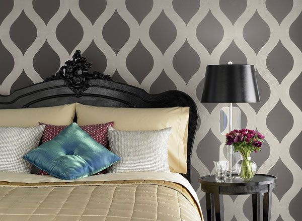 Gray Bedroom Ideas - Glamorous Gray Bedroom - Paint Color Schemes