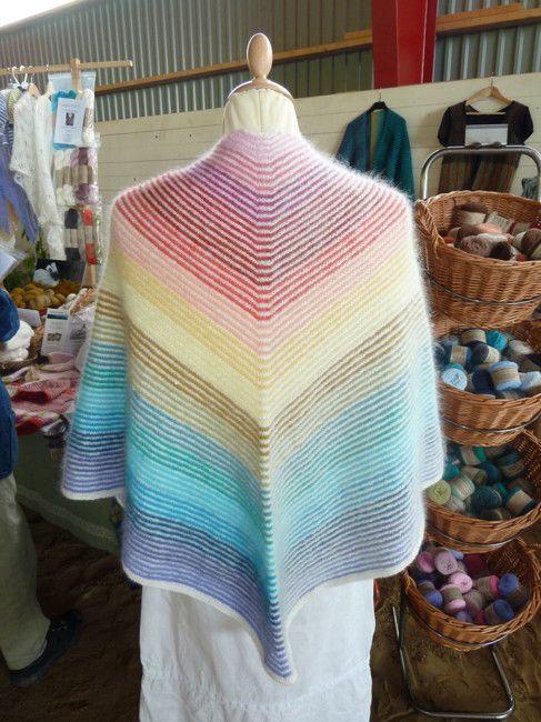Sjal i glada färger - Stickpaket | AngoraGarnet Rörmyr HB