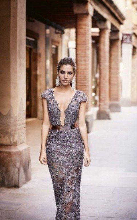 موديلات فساتين سهرة اسبانية مجلة سيدتي تتميز فساتين السهرة بأناقتها حيث تضيف اطلالات كلاسيكية لكل سيدة ترغب في التأل Dresses Fashion Sleeveless Formal Dress