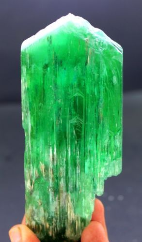 ♥️♥️♥️ Green Kunzite Hiddenite Crystal ♥️♥️♥️ Spiritual properties: Growth, Evolution, Love Attraction, Harmony in your relationships and surroundings.  342 gram Lush Green Kunzite Hiddenite Crystal.  Starting bid $149 on eBay. ☼ This is an eBay affiliate link...