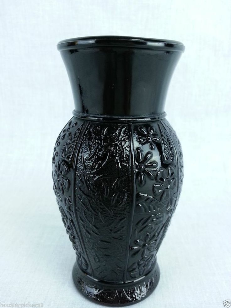 Download Wallpaper Black Glass Vase Full Wallpapers
