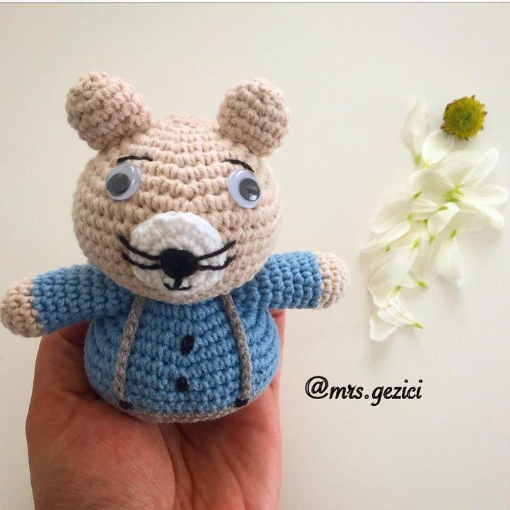 Henüz bacaklarımız tamamlanmamış olsada  #örgü #iplik #elemeği #ayıcık #bebekörme #amigurumi #tavşan #tığ #tığişi #knitting #nisan #crossstitch #april #handbmade #rabbit #kalp #heart #örgümodeli #battaniye  #crochet #stricken #hediye #gift #häkeln #sepet #çarpıişi #kanaviçe #oyuncak #toy by mrs.gezici